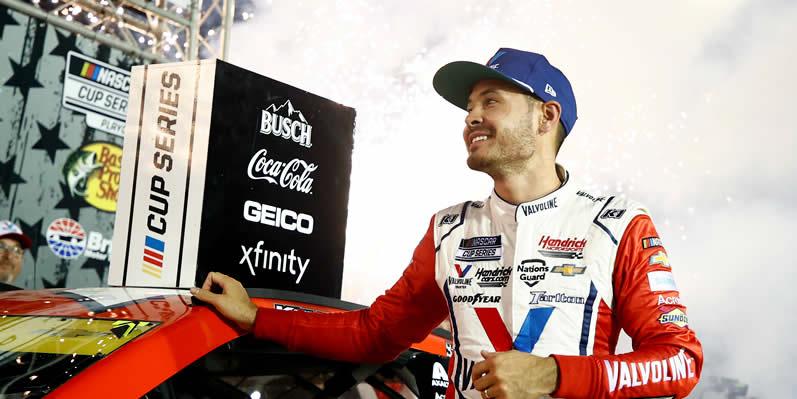 Kyle Larson celebrates in victory lane at Bristol Motor Speedway