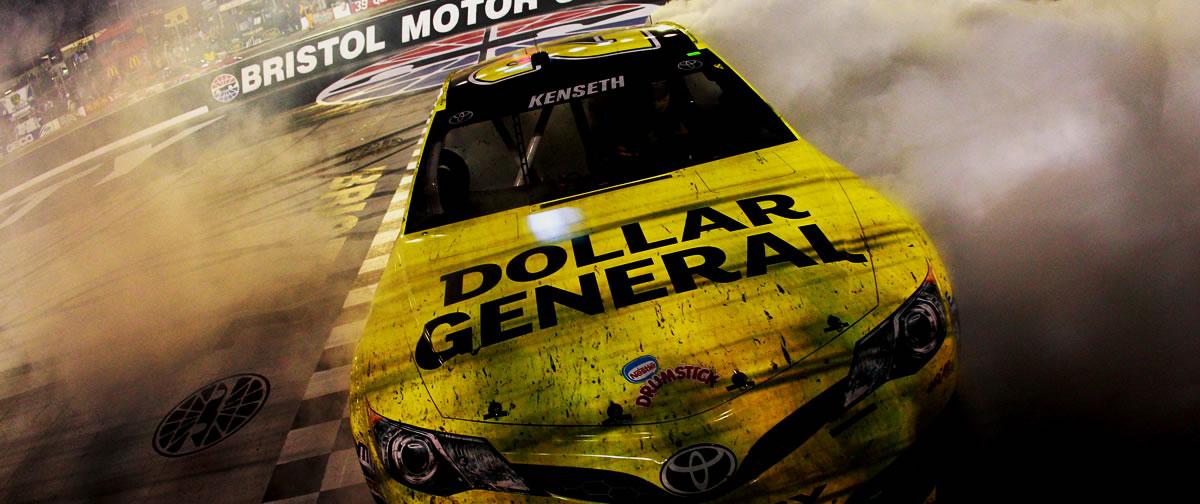 Matt Kenseth NASCAR Bristol Irwin Tools Night Race