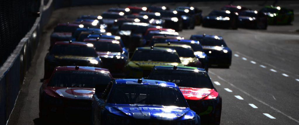 martinsville speedway nascar race 2013