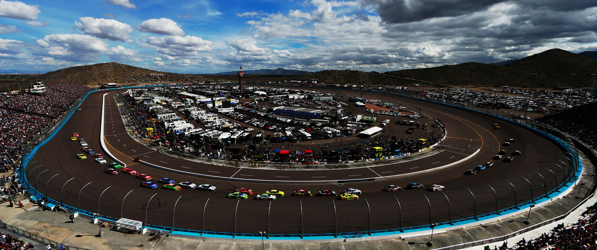 Phoenix International Raceway NASCAR turn 1
